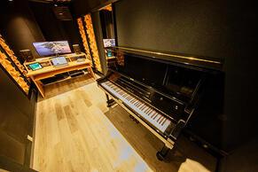 shibuya1_piano1.jpg