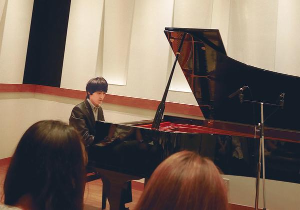 kichijoji_piano.jpg